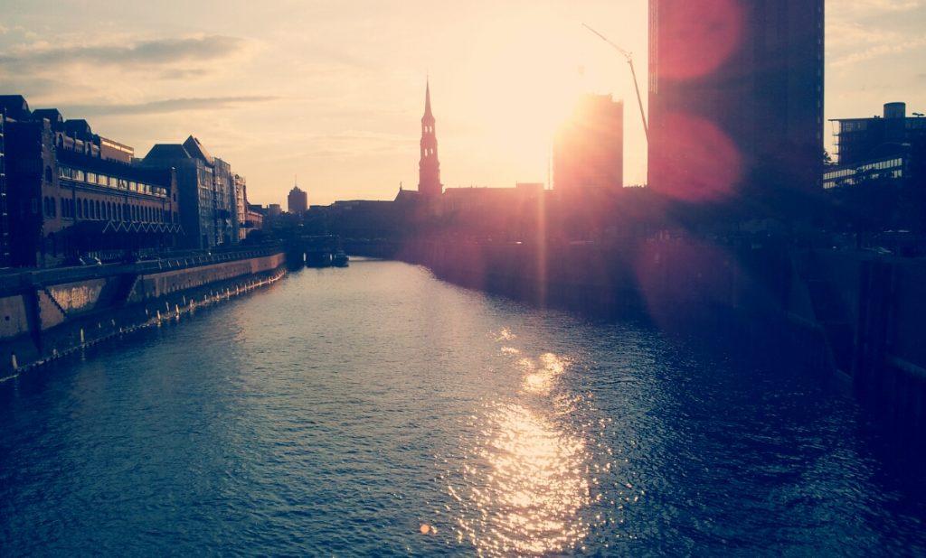 Travel-Blog Europa - Hamburg, Speicherstadt bei Sonnenuntergang